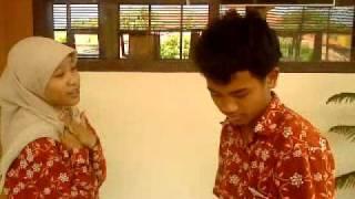 Jangan Memilih Aku (Lisa Novitasari Feat Rizki Muharom).MP4