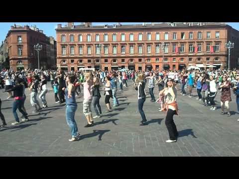 Dancing generation Flash Mob Toulouse 16 avril 2011