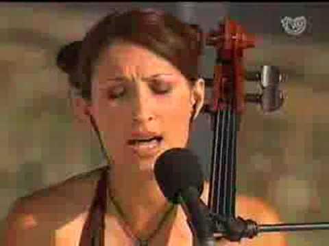 Rosa Cedrón - Camariñas (2006)