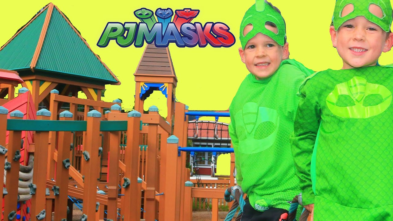 PJ Masks Gekko at the BIGGEST WOODEN PARK! Find Surprise Toys!