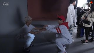 [BANGTAN BOMB] Let's do squats together - BTS (방탄소년단)