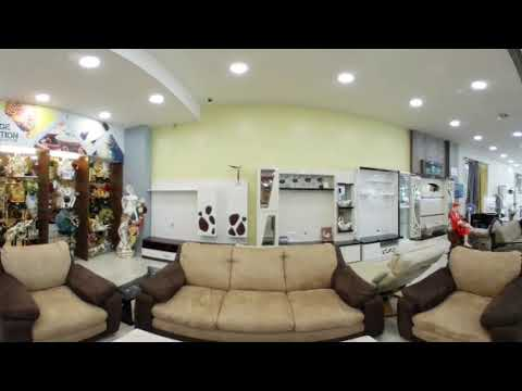 Wood mall thane (360° video)