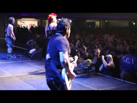 NOFX - Seeing Double at the Triple Rock