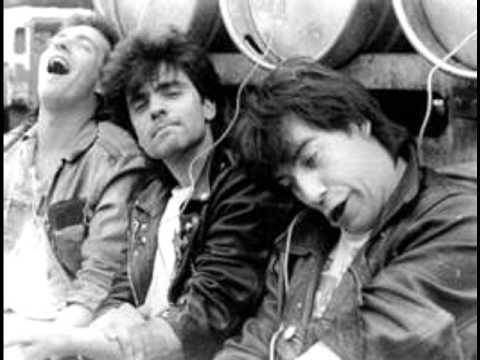 Macc Lads - Yorkshire Puddings(Bootleg) - 08 Sweaty Betty