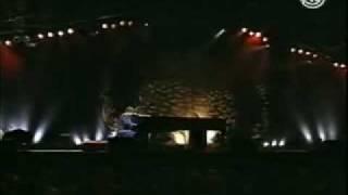 Elton John - Ticking - Live in Pontevedra (Solo)