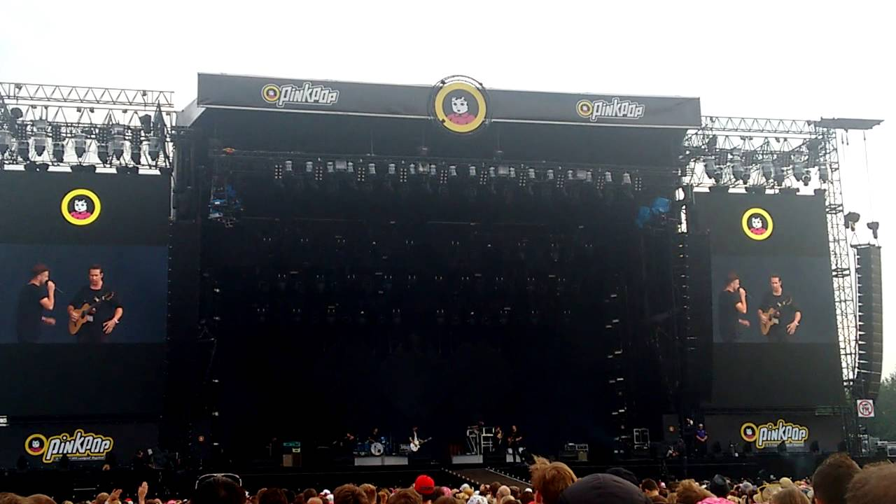 Pinkpop 2015 Sunday - OneRepublic - Guitar solo & Counting ...