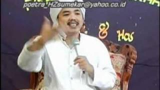 Repeat youtube video Ibnu HZ Ceramah agama K.H.Kholil As'at -Fasik 7.mpg
