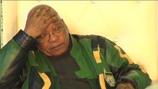 Boere peper Zuma met vrae