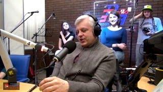 Виталий Елисеев (телеведущий 1 канала) на RadioRadio в Молодёжном Радио Клубе. Программа 1.