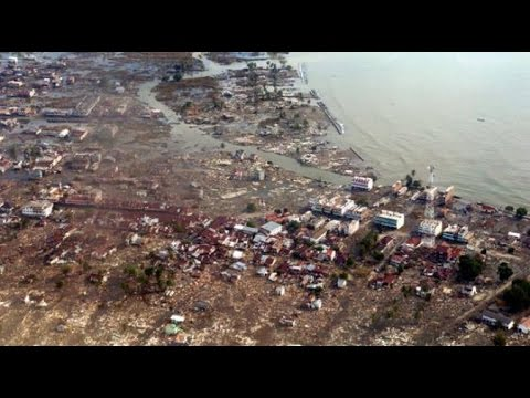 Kisah Umi Diselamatkan Seekor Ular saat Tsunami Aceh Paling Hits