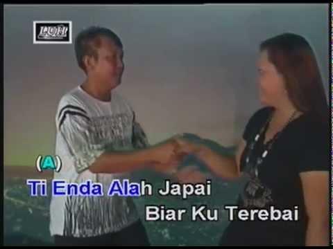 Jauh Panggan Ari Api - Johnny Aman & Rolisa Wati