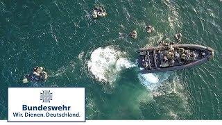 Kampfschwimmer und Fallschirmjäger - gemeinsam die Schlagkraft erhöhen - Bundeswehr