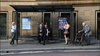 iPad Street Photography in Sydney, Australia(, 2012-05-21T05:38:36.000Z)