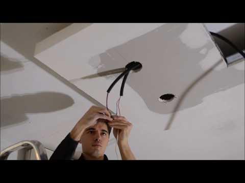 Comment installer un spot dans un faux plafond doovi - Comment installer des spots dans un plafond ...