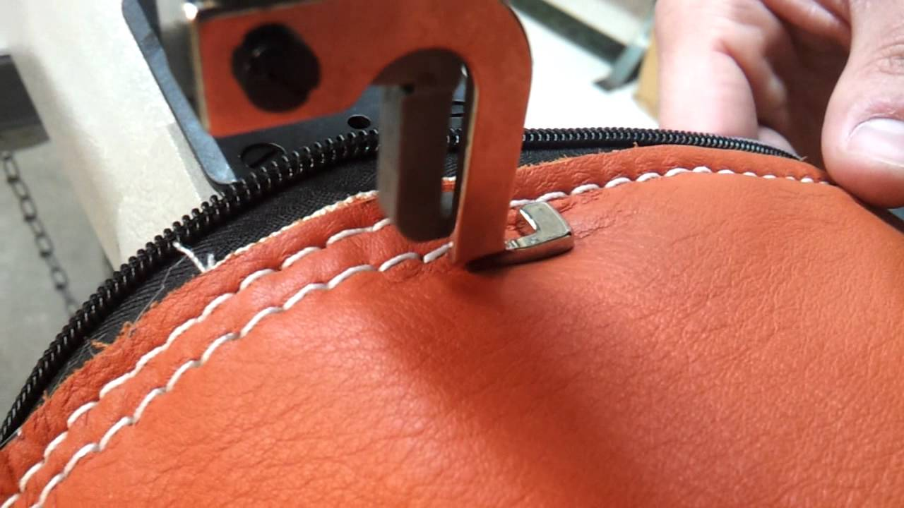 117e0b75a9 Techsew 5100 Sewing a Leather Bag - YouTube