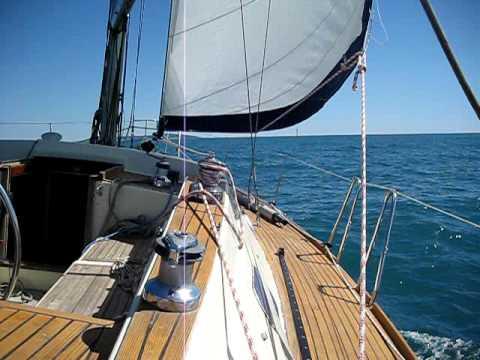 Sous le soleil premier bout de mer pour le voilier youtube - Photo de voilier gratuite ...
