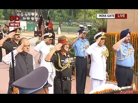 Vijay Diwas: Defence minister, Indian Armed Forces Chiefs pay tribute to India's brave