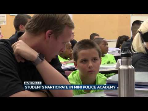 Blackhawk Technical College hosts mini police academy for kids