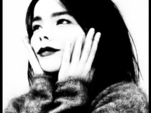 Björk - Sacrifice (Piano Version) mp3
