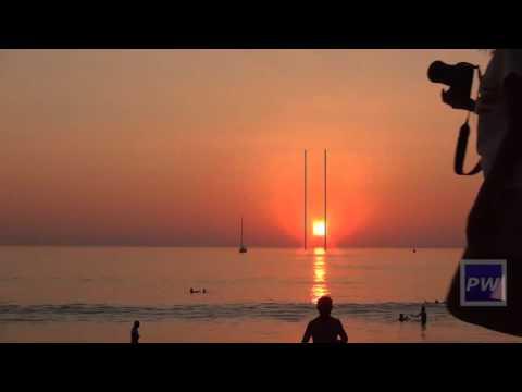 Flat Earth Proof: Sunset off Phuket thumbnail