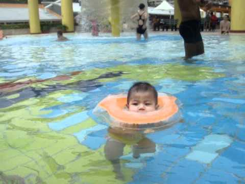 Baby Girl Swimming In The Pool At 6 Months Youtube