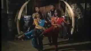 Thee TheeThithikkum Thee - Kalyshaytra Dancers