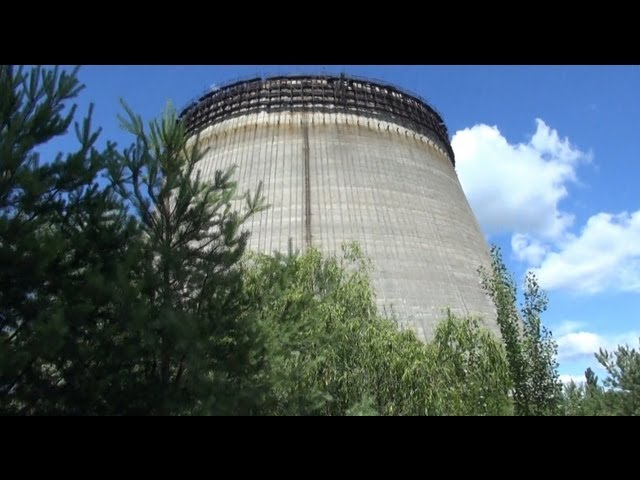 chernobyl 2013: strolling around reactor 5 and 6, visiting their cooling tower