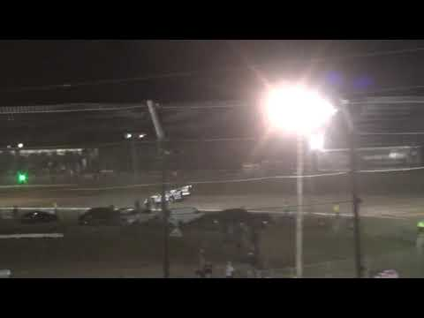 Scott Bloomquist last lap pass to win Heat 4 Volusia Speedway Park Dirtcar Nationals Feb 14 2019