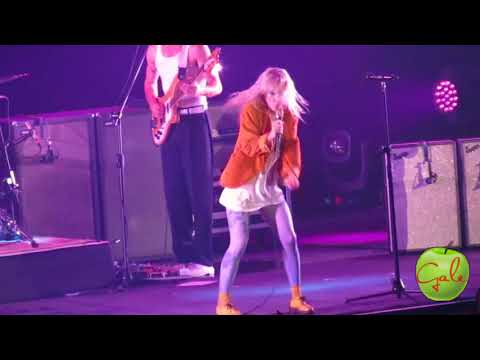HARD TIMES - Paramore Concert Tour Live in Manila 2018 [HD]