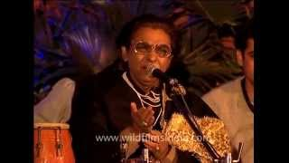 Indian qawwal reciting poems and singing