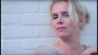 *Samantha Gilles* - Let Me Feel It*  [by alenmilky - www.Italo-Disco.Net]