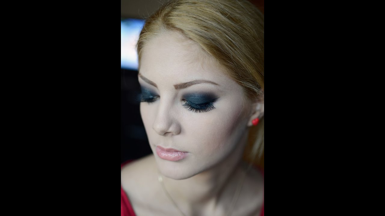 MAKE-UP DEMONSTRATION : Smokey Eyes
