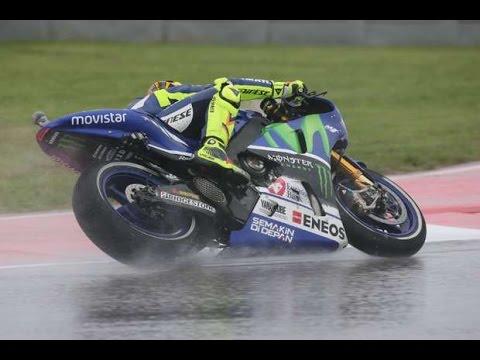SindoNews.com - Rossi Menang Sensasional Saat Guyuran Hujan di Silverstone
