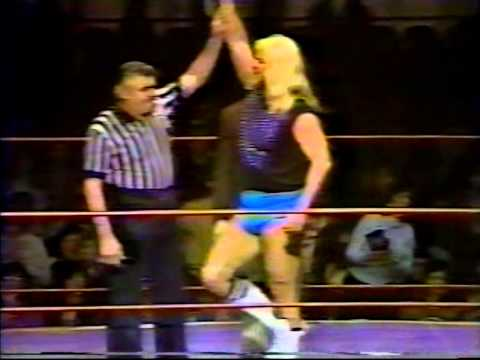 Mike Von Erich interrupts Michael Hayes