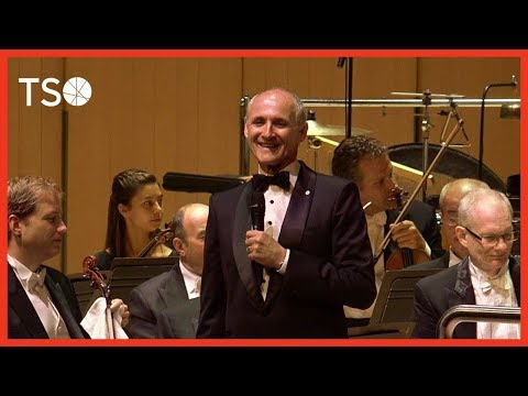 Colm Feore's tribute to Glenn Gould  Colm Feore rend hommage à Glenn Gould