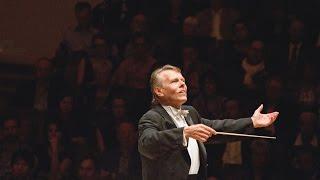 """Mariss Jansons dirigiert Mozarts """"Requiem"""" und Schönbergs """"Ein Überlebender aus Warschau"""""""