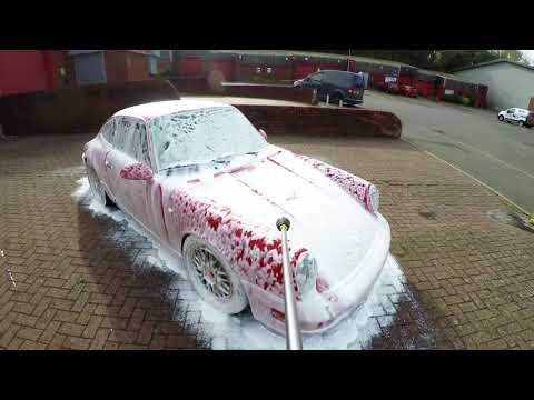 Carbon Collective Ultimus Snow Foam | Porsche 964 (GoPro 4K)