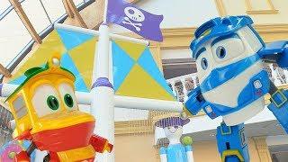 Мультики для детей. Роботы поезда в бассейне. Видео с игрушками.
