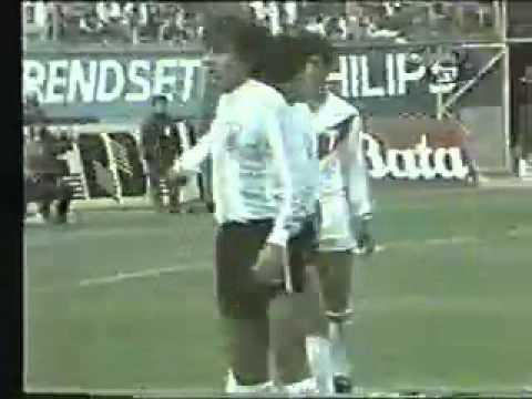 CRONICAS CMD - REYNA vs MARADONA  PERU vs ARGENTINA 26-05-1985 parte 2-3