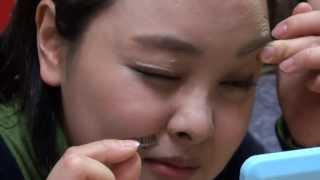 惊奇日本潮流篇:假睫毛變身大作戰【ビックリ日本潮流篇:「つけま」で大変身】