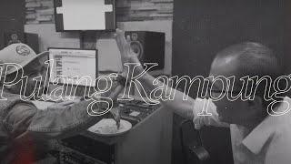 Glenn Fredly Ft. Tantowi Yahya - Pulang Kampung (Official Lyric Video)