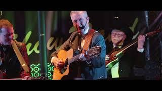 """Kevin Harcourt sings """"Folsom Prison Blues"""""""