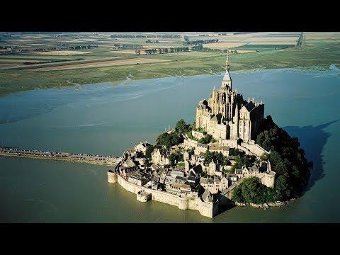 15 Craziest Medieval Buildings