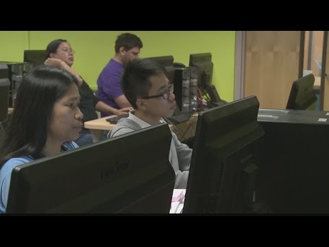 Non-traditional student excels at Kapiolani Community College