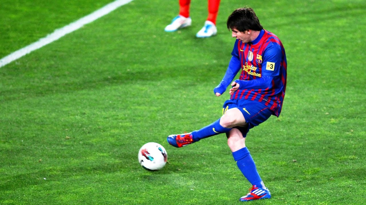 Lionel Messi 10 Insane Pre-Assists [The Key Pass/Play ...