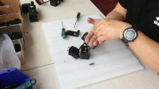 How to tighten the Duplicator 6 locking bolt between driving system and nozzle?