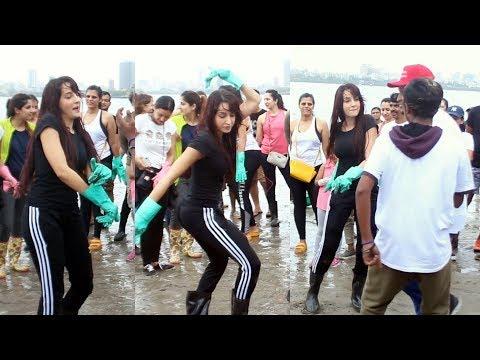 Nora Fatehi CRAZY DANCE At Mahim Beach   The Mahim Beach Clean Up Drive Mp3
