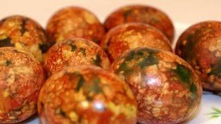Мраморные яйца на Пасху. Яйца на пасху своими руками. Как красить яйца в луковой шелухе.