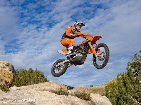 2009 KTM 450 XC-W Bike Test - YouTube