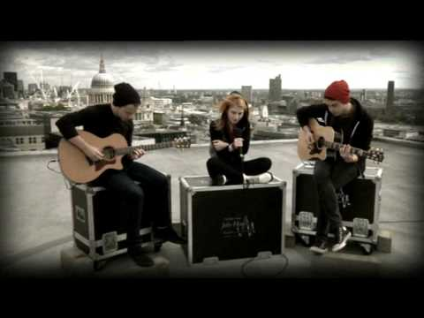 Paramore Decode acoustic  27th Sept 09